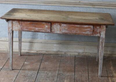 Item no6, Table, gustavian provincial